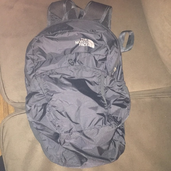 e2454a079 **BRAND NEW ** North Face Flyweight Pack NWT